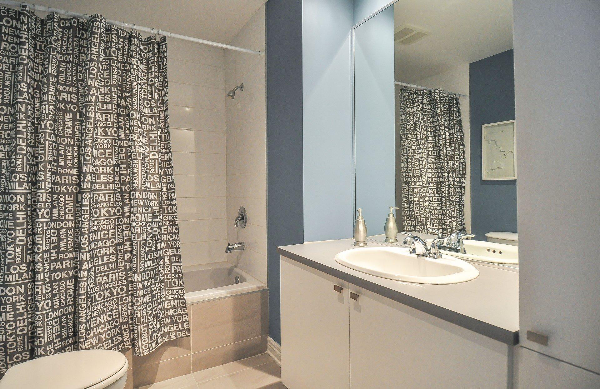 Notre dame bathroom accessories - Bathroom